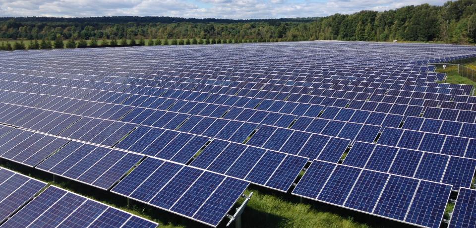 skidmore-solar-energy-panels-slide-1